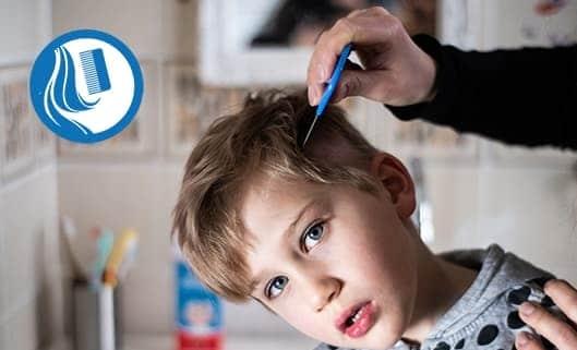 STAP 4 (OPTIONEEL): Na de behandeling kunnen er soms luisrestanten in het haar blijven kleven. In dit geval kunt u ervoor kiezen om de dode luizen en neten uit het haar te kammen met een luizenkam.